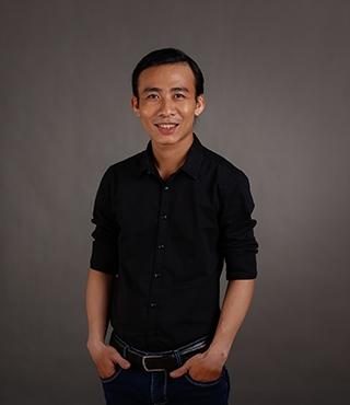 Thầy Huỳnh Ngọc Thiện