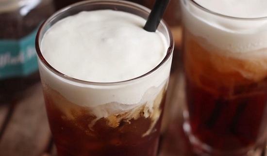 Cách làm hồng trà macchiato đơn giản