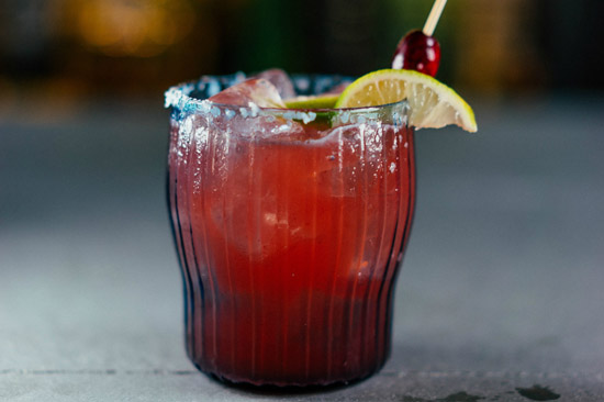 cocktail cranberry cheer