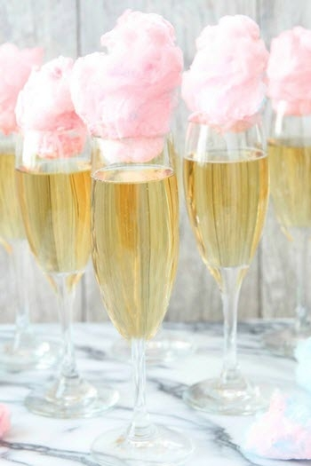 Cocktail Candy Champagne cho ngày ngọt ngào