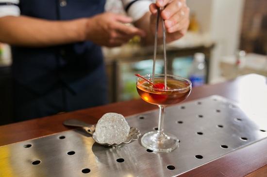 bartender làm ở môi trường năng động