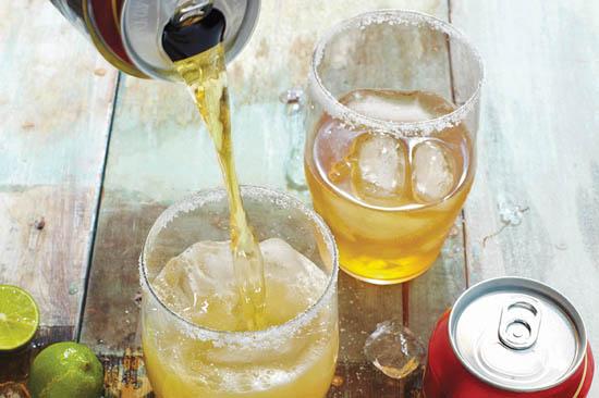 bia rót vào viền muối