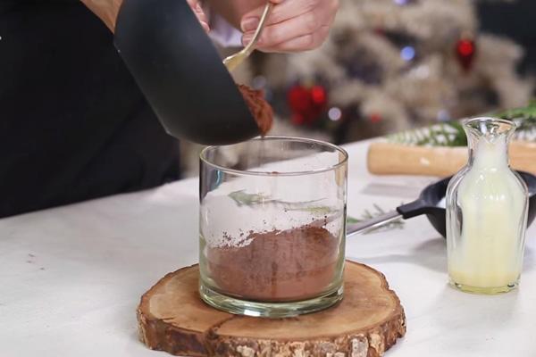 bột cacao hòa tan với nước