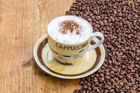 cà phê cappuccino truyền thống