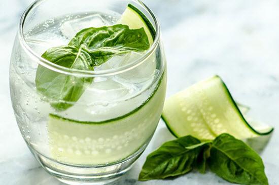 hình basil dưa chuột gin cooler