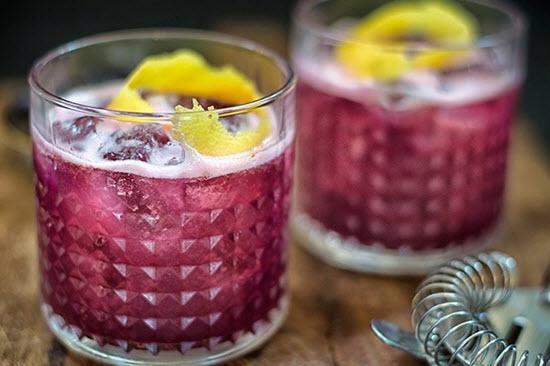 hình blueberry gin sour cocktail