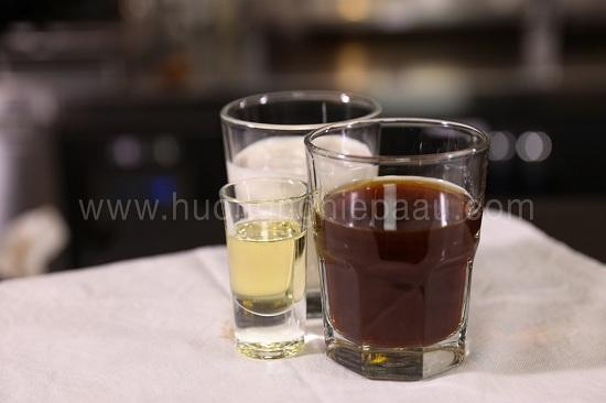 hình nước trà đen