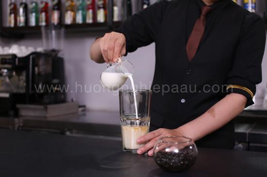 làm trà sữa thảo mộc bằng sữa tươi