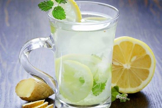 nước chanh mật ong detox