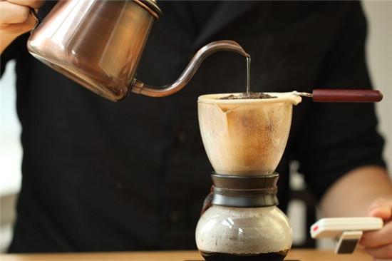 phong cách pha chế độc đáo từ nel drip coffee