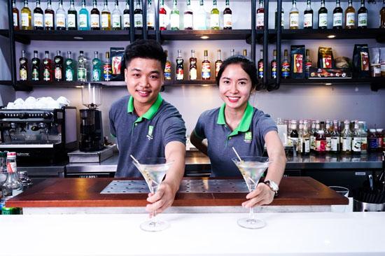 phục vụ đồ uống theo yêu cầu
