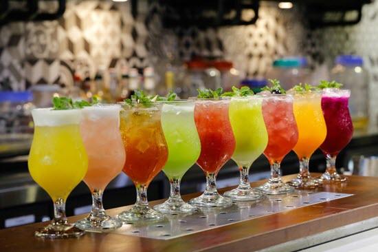 thức uống màu sắc tự nhiên