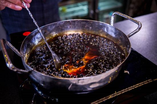 trân châu đen luộc
